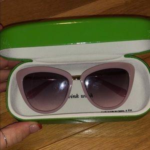 Kate spade sunglasses 🕶